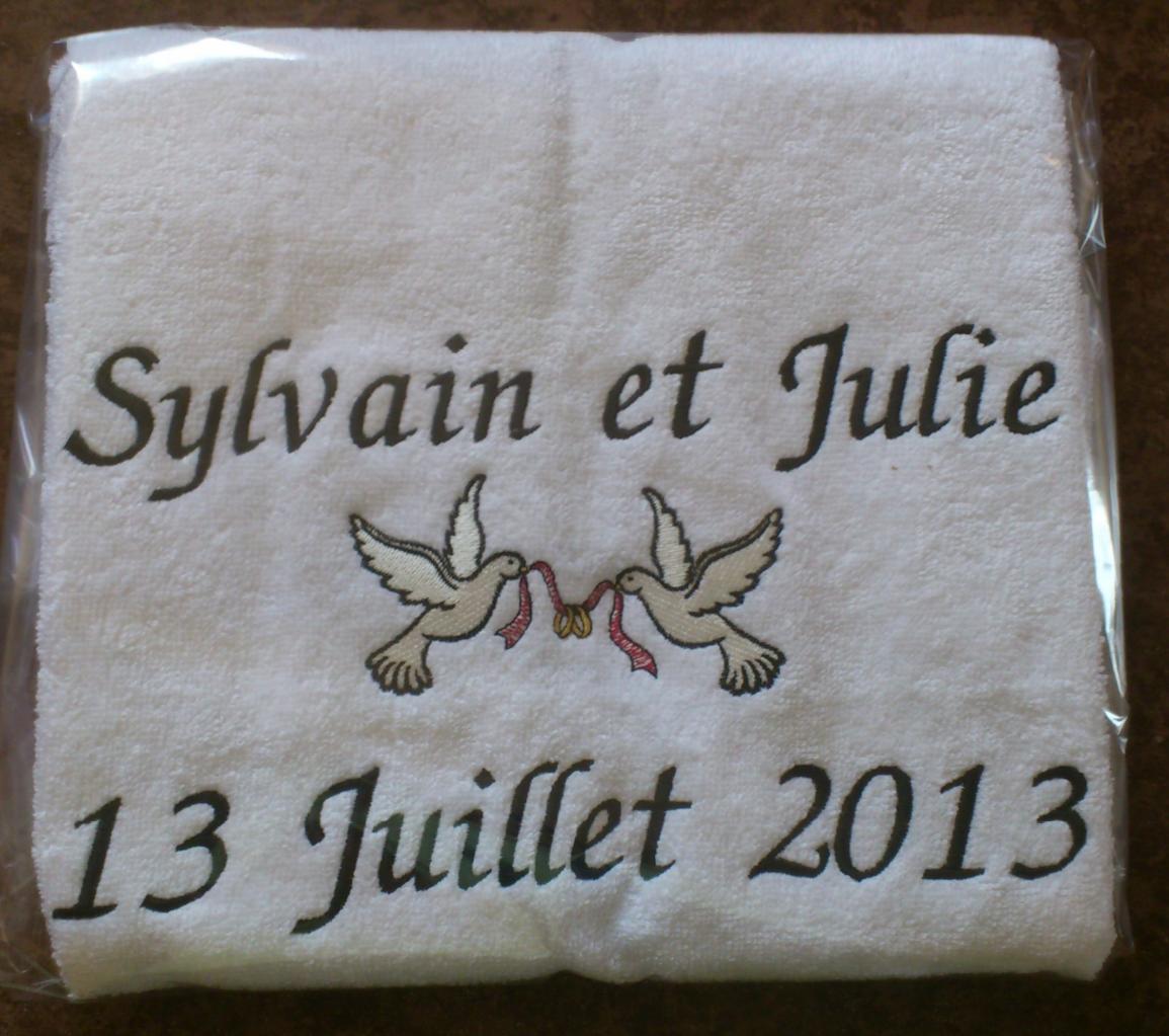 serviette brodée